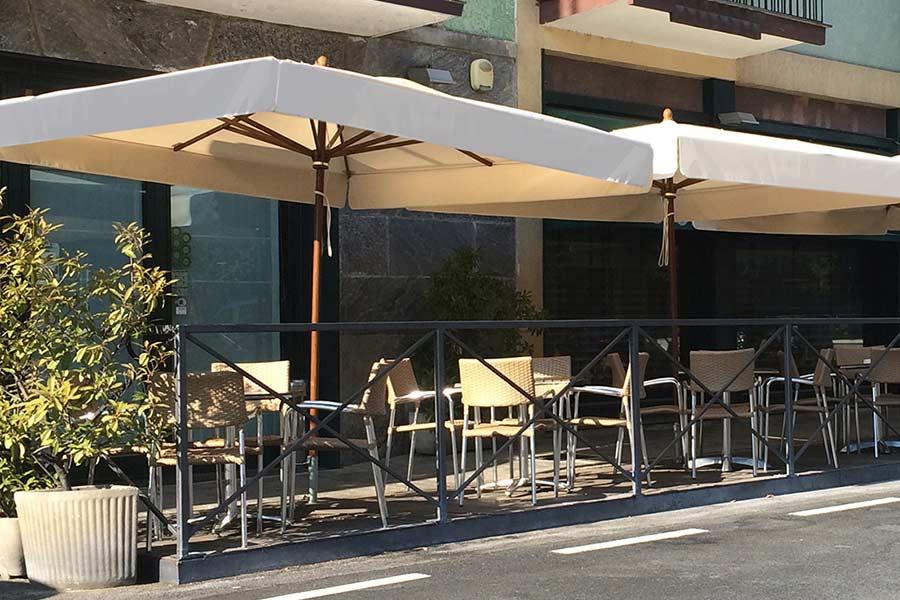ombrelloni da esterno bar